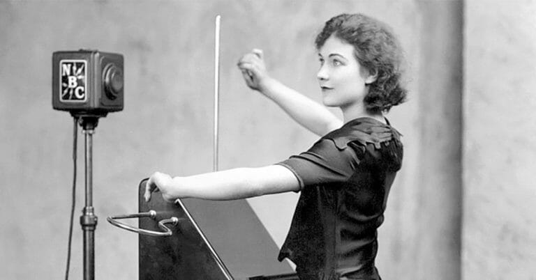 5 Gripping Examples of the Theremin in Cinema